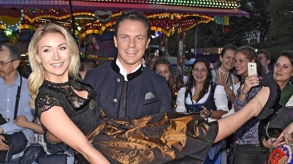 Anna-Carina Woitschack und Stefan Mross
