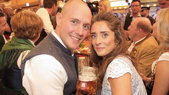 Oli P. und seine Frau Pauline