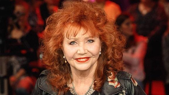 Sängerin Regina Thoss anläßlich der Aufzeichnung der MDR - Talkshow Riverboat.