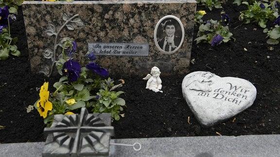 Grab von Roy Black (Gerhard Höllerich) am Friedhof Bobingen-Strassberg, 2013