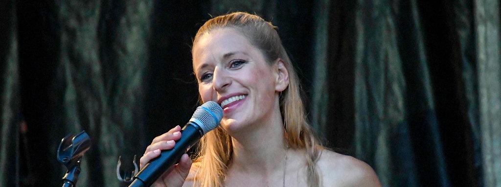 Fake nackt stefanie hertel Stefanie Hertel
