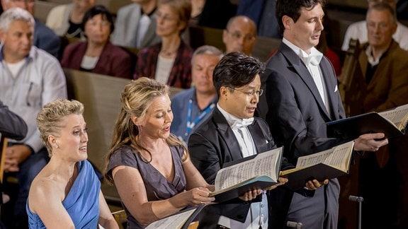 Das Solistenquartett auf der Bühne beim Eröffnungskonzert des MDR-Musiksommers 2019 in Görlitz