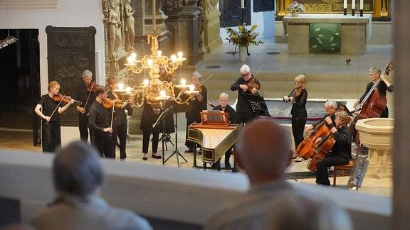 Die Academy of St Martin in the Fields beim MDR-Musiksommer-Konzert in der Weimarer Herderkirche.