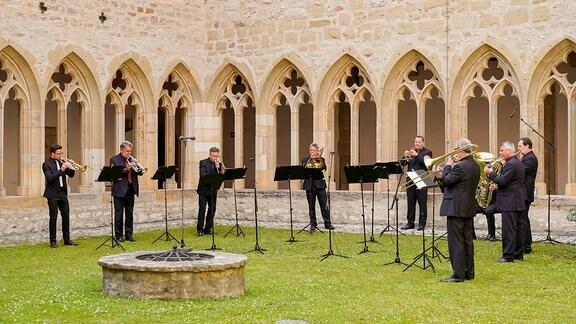 Blechbläserensemble aus den Reihen des MDR-Sinfonieorchesters beim Eröffnungskonzert der MDR-Musiksommer Sonderausgabe im Erfurter Augustinerkloster