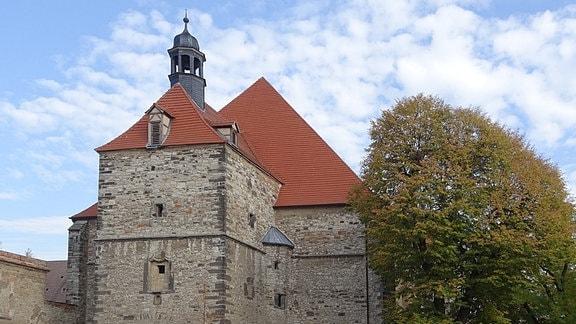 Außenansicht der Klosterkirche in Nienburg