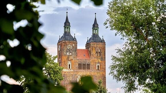 Außenansicht der St. Petrikirche in Seehausen