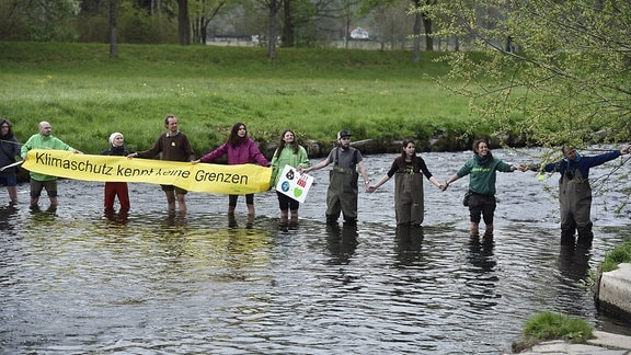 Schon im April gab es im Dreiländereck einen Protest gegen den geplanten Ausbau des Tagesbaues Turów.