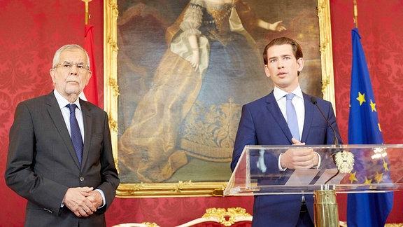 Österreich Bundespräsident Alexander van der Bellen und Bundeskanzler Sebastian Kurz