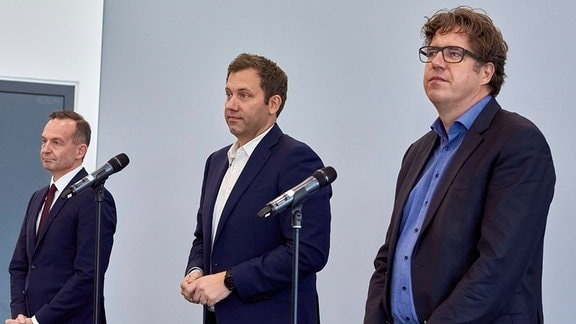 Volker Wissing. Lars Klingbeil und Michael Kellner - nach der Ampel-Sondierung