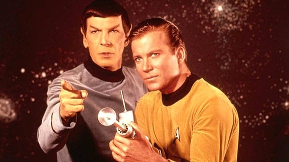 Leonard Nimoy als Lieutenant Spock und William Shatner als Captain James Tiberius Kirk