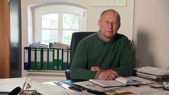 Landwirt Rüdiger Bothe in seinem Büro