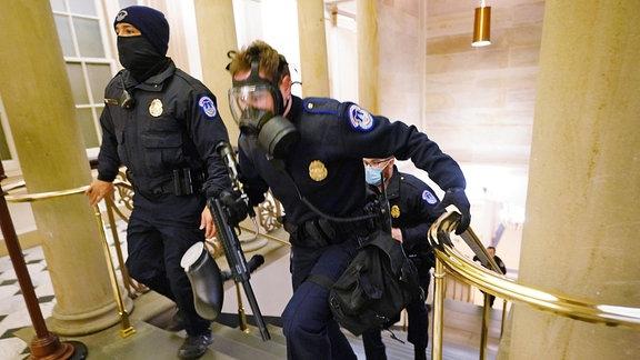 Sicherheitsbeamte im Kapitol