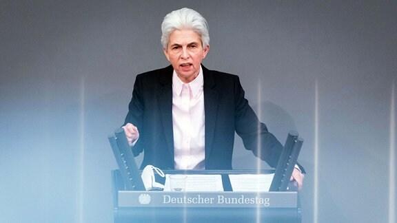 Marie-Agnes Strack-Zimmermann (fdp) während der Sitzung des Deutschen Bundestags am 26.03.2021.