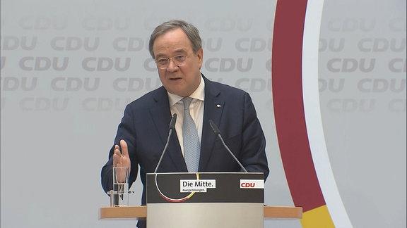 CDU/CSU-Kanzlerkandidat Armin Laschet bei einer Rede