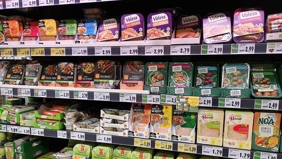 Vegetarische Lebensmittel in einem deutschen Discounter