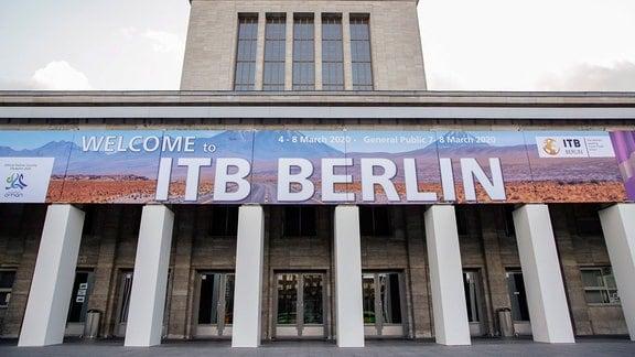 Eingang Masurenallee der Messe Berlin anlaesslich der Internationalen Tourismusbörse, ITB
