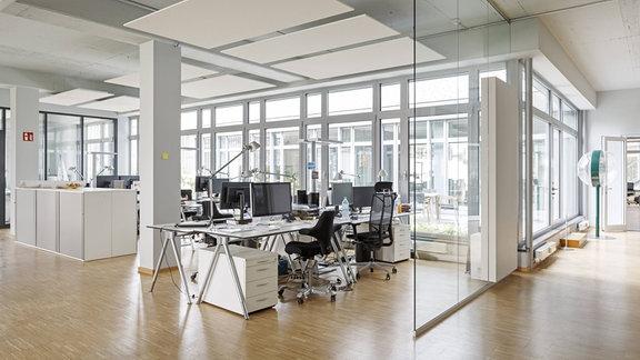 Leeres Großraumbüro