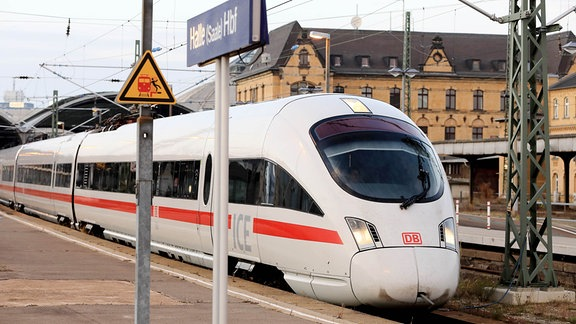 ICE in Halle