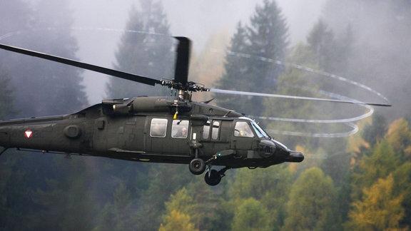 Hubschrauber Black Hawk