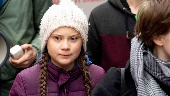 Die schwedische Klimaaktivistin Greta Thunberg nimmt an einer Demonstration in Hamburg teil.