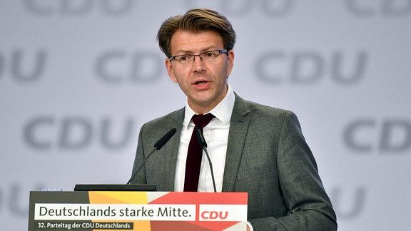 Daniel Caspary am Rednerpult.