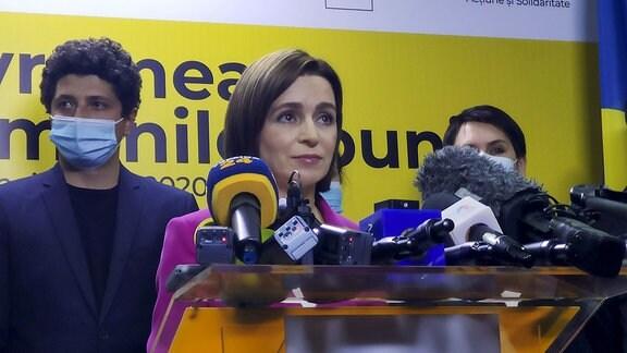 Präsidentschaftskandidatin Maia Sandu, während einer Pressekonferenz
