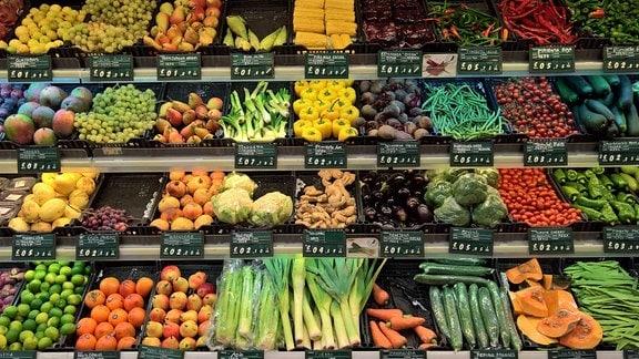 Supermarkt - Sortiment: Obst und Gemüse