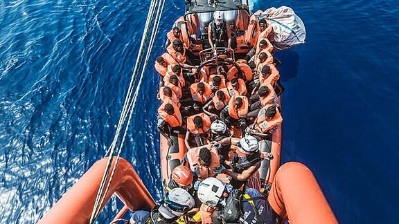Ocean Viking: Flüchtlinge im Mittelmeer gerettet