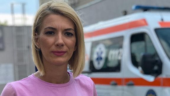 Rumänische Fernsehjournalistin Carla Tanasie