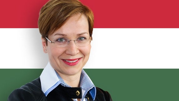 Fotomontage Frau vor Fahne