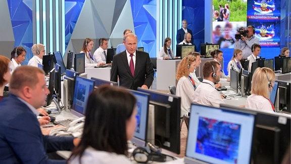Putin bei TV-Show Direkter Draht