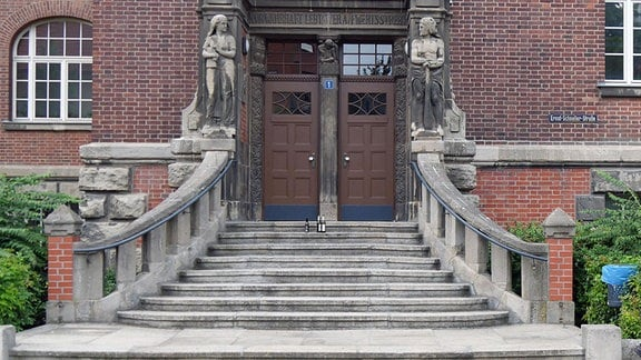 Eingang ABF Halle