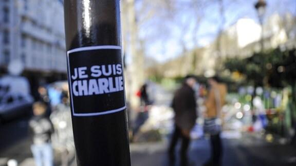 Aufkleber mit der Aufschrift 'Je suis Charlie'