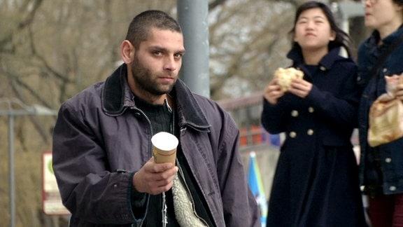 Der bettelnde Mann in Dresden ist Jozef Cibula aus der Slowakei