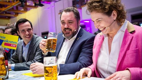 Martin Hagen, Daniel Föst und Nicola Beer