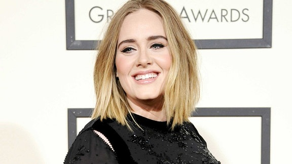 Adele bei den 58TH ANNUAL GRAMMY AWARDS in Los Angeles