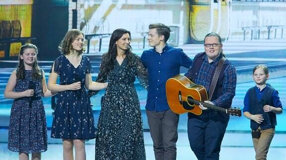 Angelo Kelly und Family - ZDF Live Show Willkommen bei Carmen Nebel im Velodrom in Berlin