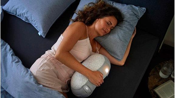 Der Somnox Schlafroboter soll zu erholsamem Schlaf verhelfen.