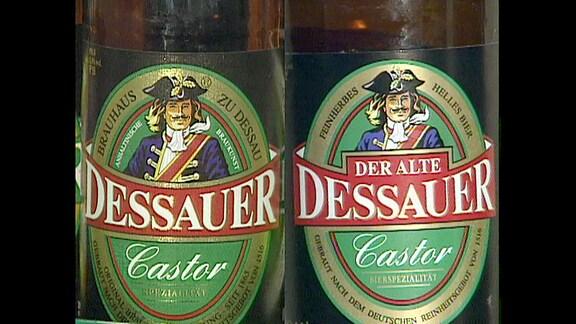 Etikettenvergleich: Dessauer Castor und Der alte Dessauer Castor