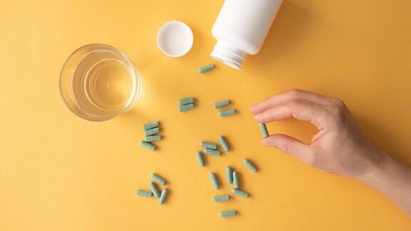 Nahrungsergänzungsmittel - Pillen - Medikamente