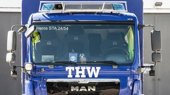 Fahrzeug des Technischen Hilfwerks