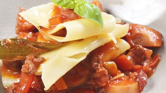 Christians Nudelflecken mit Bolognese