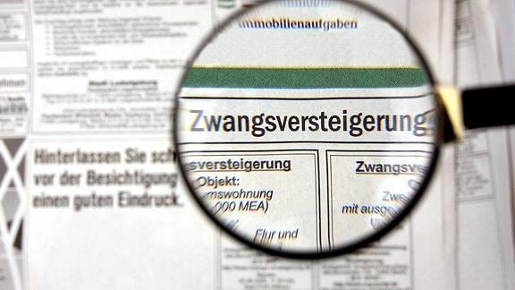 Anzeigen für Zwangsversteigerungen in einer Zeitung