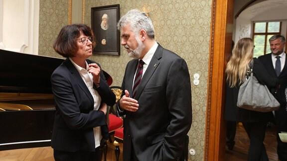 Landrätin Dr. Angelika Klein und Prof. Dr. Armin Willingmann