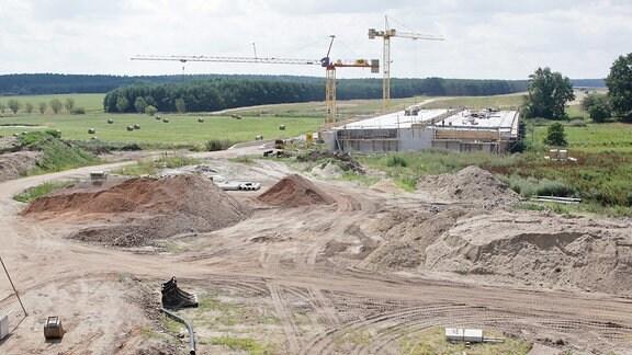 Brückenbau in der Nähe von Dolle