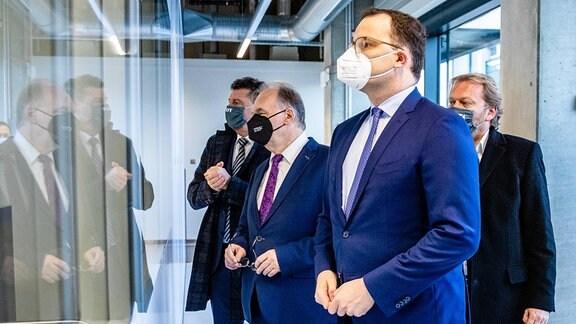 IDT Biologika GmbH - Besuch von Bundesminister für Gesundheit Jens Spahn
