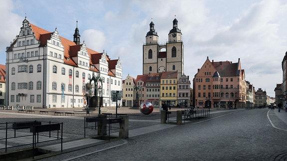 Marktplatz, Stadtkirche und  Rathaus in der Lutherstadt Wittenberg.