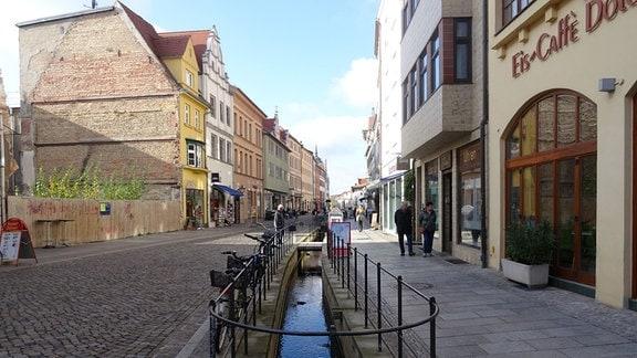 Fußgängerpassage in der Altstadt der Lutherstadt Wittenberg