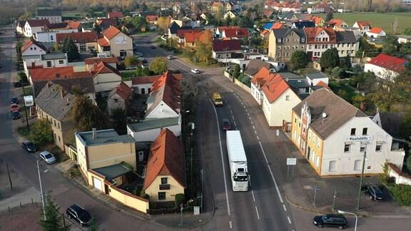 Blick auf Halle Bruckdorf