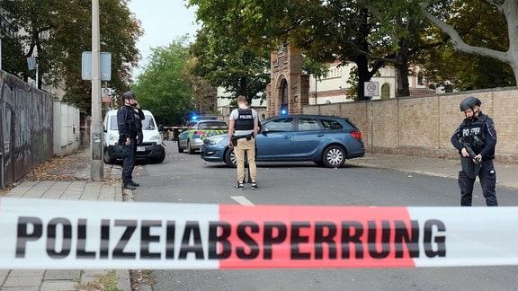 Anschlag auf die Jüdische Synagoge in HalleSaale in der Humboldtstrasse.